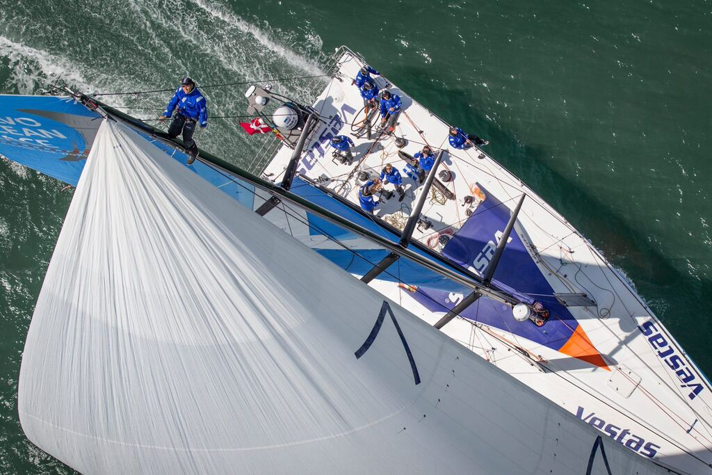vo65 - southern spars performance masts